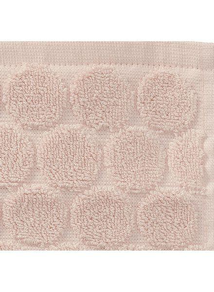 baddoek zware kwaliteit 50 x 100 - roze - 5240189 - HEMA