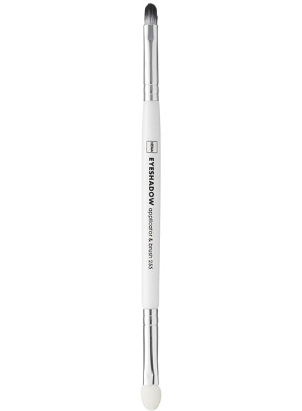 eyeshadow applicator & brush - 11200944 - HEMA
