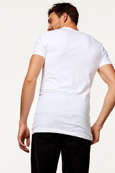 heren t-shirt slim fit diepe v-hals extra lang wit wit - 1000016217 - HEMA