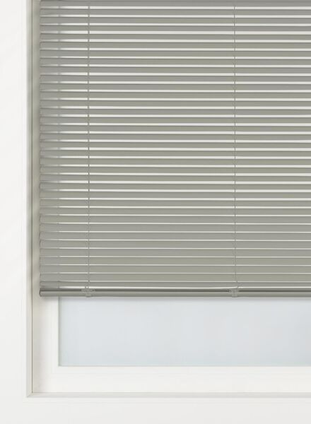Jaloezie aluminium zijdeglans 25 mm - in Jaloezieen