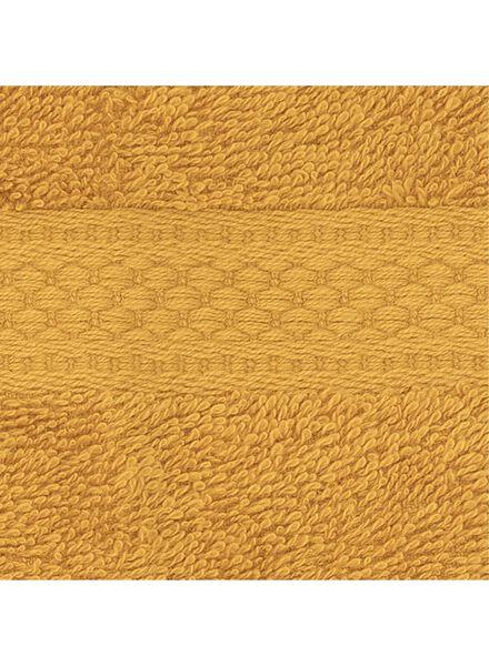 gastendoek - 30 x 55 cm - zware kwaliteit - okergeel uni - 5220025 - HEMA