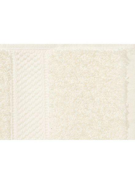 handdoek - 60 x 110 cm - zware kwaliteit - ecru uni - 5253601 - HEMA