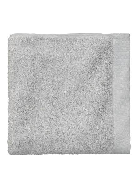 handdoek - 60 x 110 cm - ultrasoft - lichtgrijs - 5217008 - HEMA