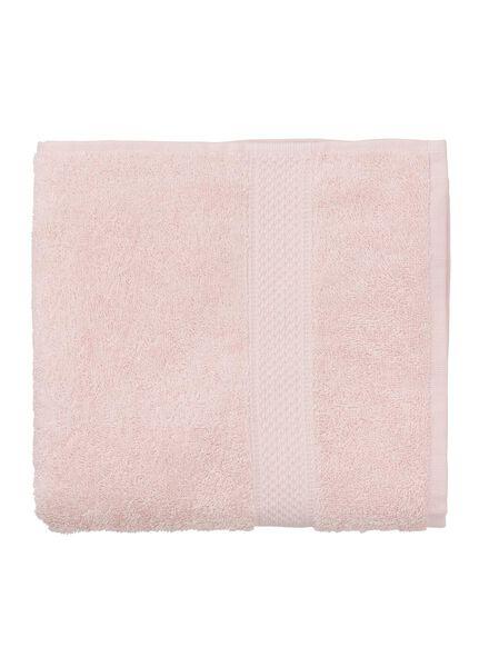 handdoek - 50 x 100 cm - zware kwaliteit - lichtroze uni lichtroze handdoek 50 x 100 - 5240012 - HEMA