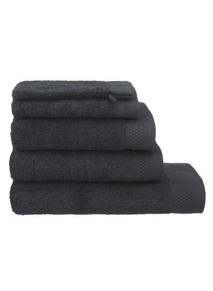 handdoek - 70 x 140 cm - hotelkwaliteit - donkergrijs - 5217015 - HEMA
