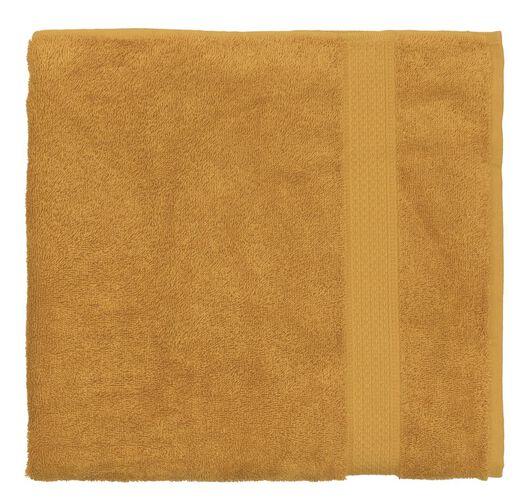 handdoek - 70 x 140 cm - zware kwaliteit - okergeel uni okergeel handdoek 70 x 140 - 5220023 - HEMA
