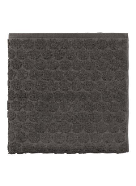 handdoek - 70 x 140 cm - zware kwaliteit - donkergrijs gestipt - 5240173 - HEMA