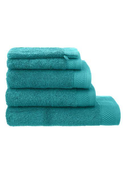 baddoek hotelkwaliteit 50 x 100 - donker groen - 5240045 - HEMA