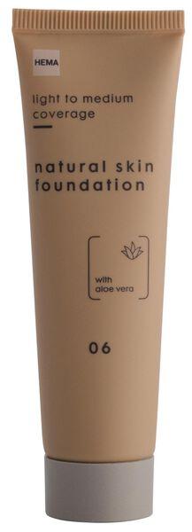 foundation natural skin 06 - 11290326 - HEMA