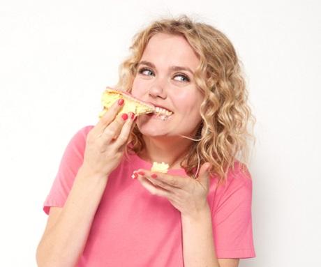 hoe eet je een tompouce - HEMA