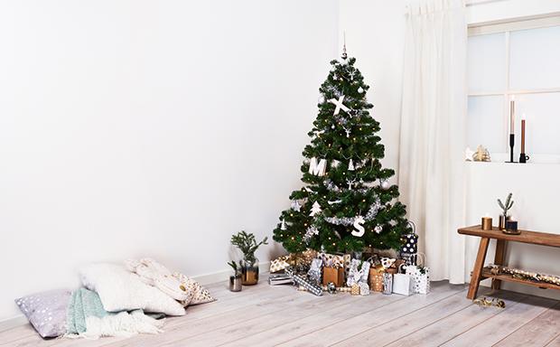 Zwart Wit Kerstdecoraties : Kerstsfeer in huis hema